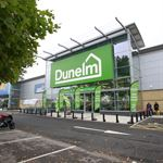 Dunelm - Feather Flags 1